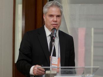 Carlos Pereira >> Instituto Millenium