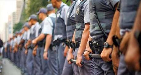 Policiais militares e bombeiros são retirados da PEC da Previdência