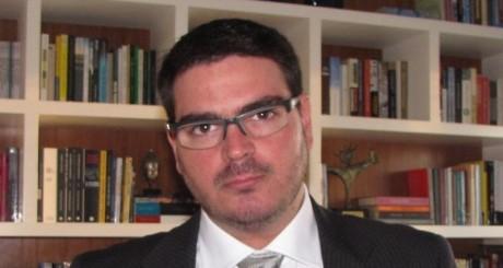 Rodrigo Constantino (nova)