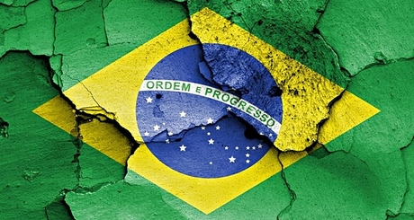 20140720-dinheirama-brasil-crise-iloveimg-resized