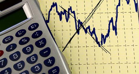 Reduzir meta fiscal destrói a economia