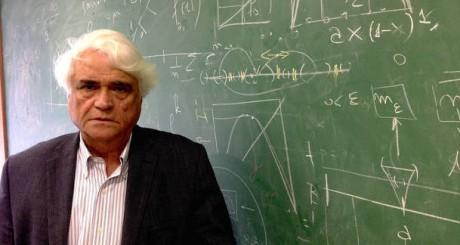 ALOISIO2 - RJ - 07/07/2016 - ALOISIO ARAUJO/70 ANOS  - ECONOMIA OE - Aloisio Araujo, economista e professor da FGV e do Impa, é especialista em econometria e completou 70 anos em 2016. Foto: VINICIUS NEDER/ESTADÃO